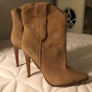 Steve Madden Boots - Size 7